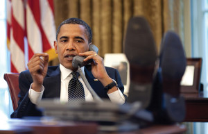 Obama-feet-on-desk